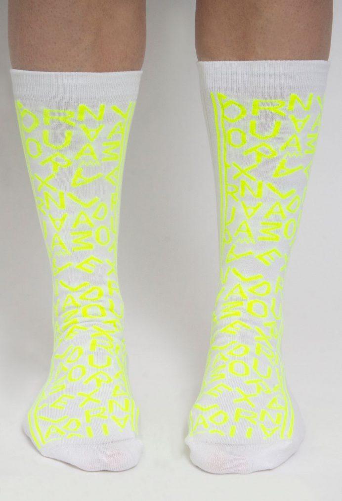 Meias fluorescentes Alexandra Moura